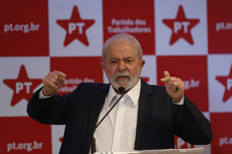 Lula prevê 1º turno isolado à esquerda e aposta em aliados só no 2º