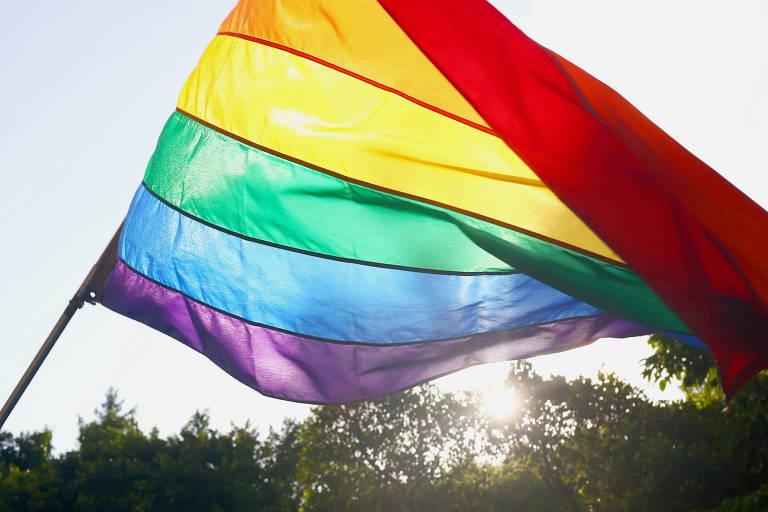 Velório de mulher trans vestida de homem causa indignação em Sergipe