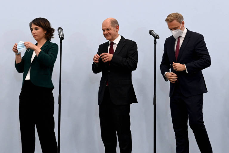 Sociais-democratas, liberais e Verdes avançam para formar governo na Alemanha
