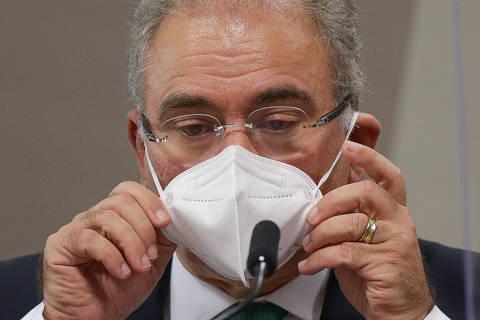 Governo Bolsonaro finaliza regras para derrubar máscaras, mas decisão será de municípios