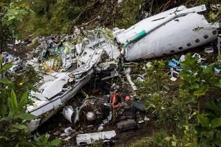 Documento mostra 12 novas empresas como responsáveis pelo seguro do voo da Chape