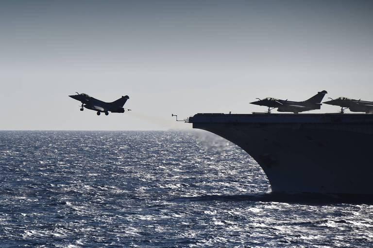 Pacto militar entre França e Grécia contra Turquia ameaça unidade da Otan