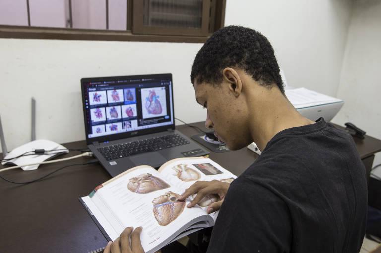 Willian Luiz dos Santos diz que se interessa por neurologia. Afirma que pode ser que mude de opinião, mas, hoje, seu desejo é entender a mente humana