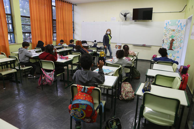 Em SP, presença obrigatória de alunos nas escolas divide opiniões dos pais