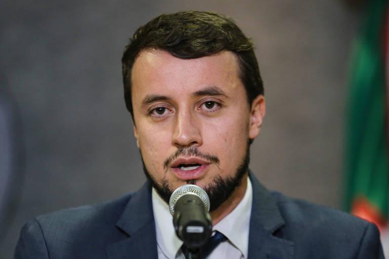 Demissão de procurador reforça PEC que mexe no Ministério Público, avaliam parlamentares
