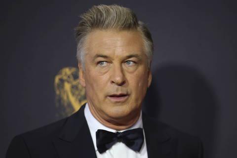 FILE PHOTO: 69th Primetime Emmy Awards ? Arrivals ? Los Angeles, California, U.S., 17/09/2017 -  Alec Baldwin. REUTERS/Mike Blake/File Photo ORG XMIT: SIN