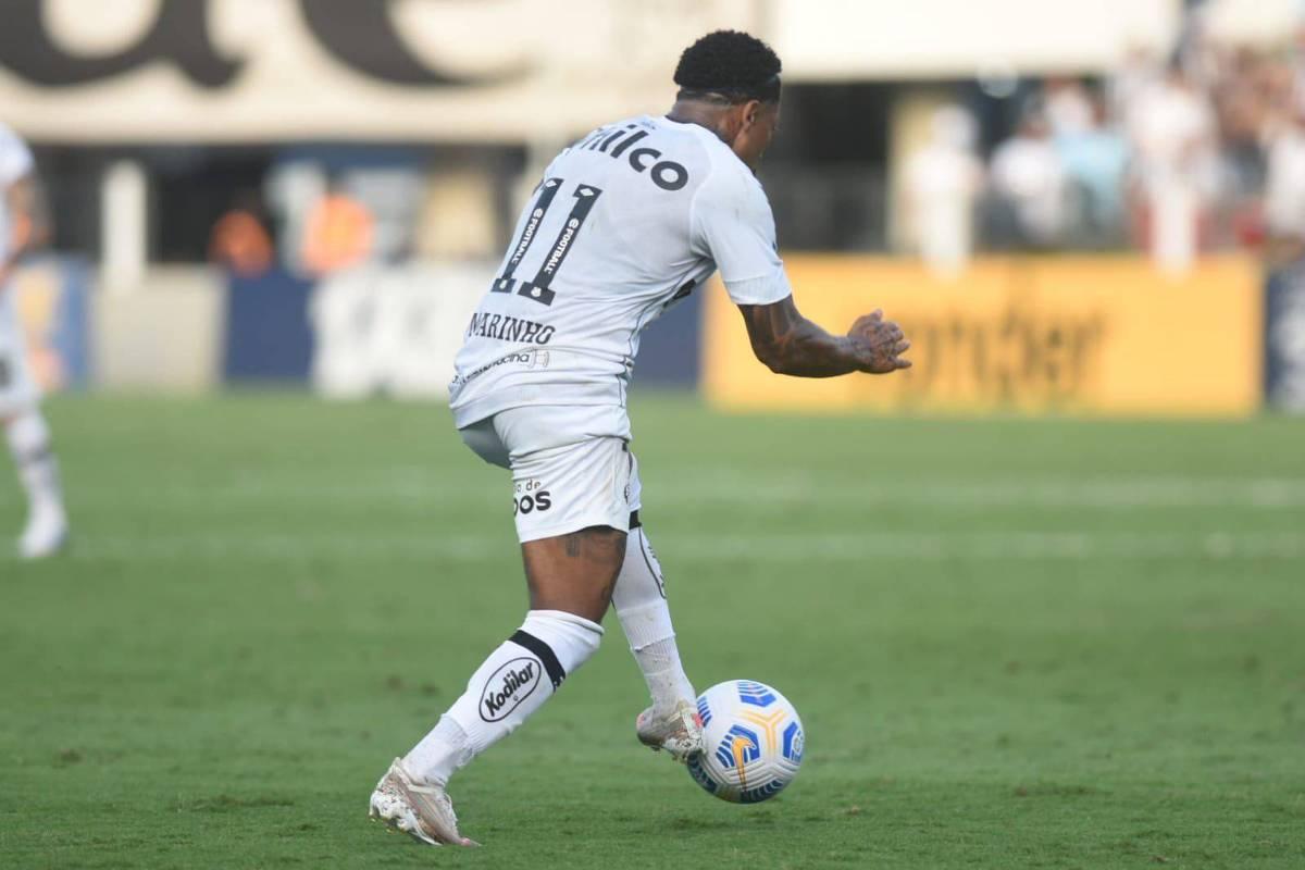 Santos perde do América-MG em casa e pode terminar rodada na zona do rebaixamento