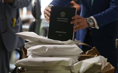 Senadores votam relatório final da CPI da Covid; leia a íntegra do texto