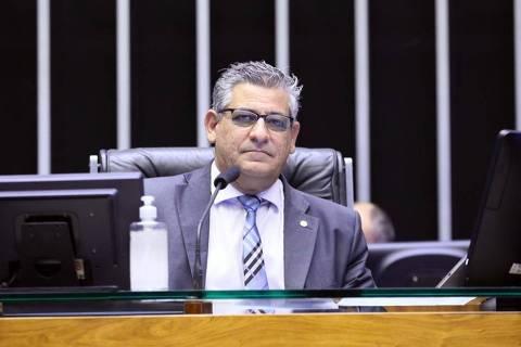 Deputado bolsonarista que lidera caminhoneiros diz que Bolsonaro trabalha para banqueiro e investidor