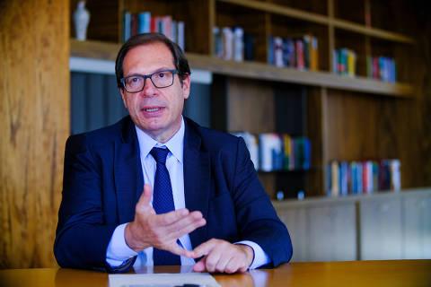 Corregedor do TSE deixa relatório de investigação com cinco frentes contra Bolsonaro