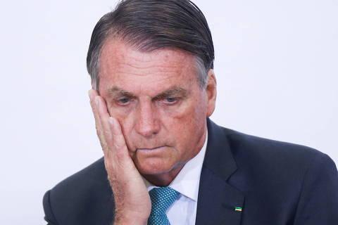 CPI da Covid aprova relatório e pede punição de Bolsonaro e mais 79 por crimes na pandemia