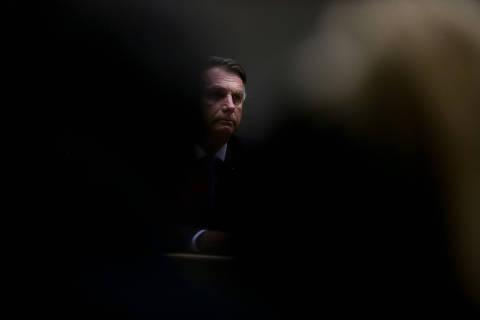 CPI lança peso adicional sobre Bolsonaro em cenário de crise econômica duradoura