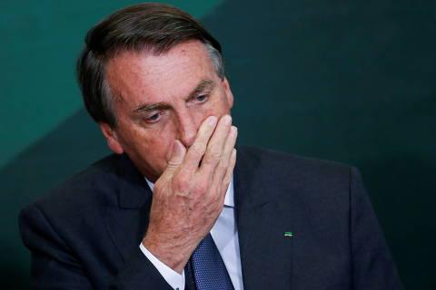 Bolsonaro diz que Petrobras só dá dor de cabeça e só presta serviço a acionistas
