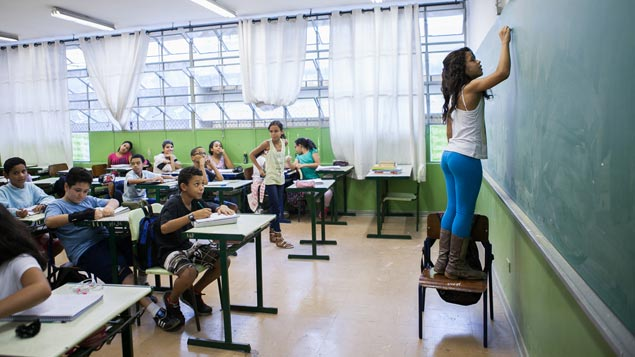 Alunos em escola estadual na região da Barra Funda zona oeste de São Paulo