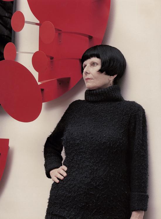Retrato da artista plástica Lygia Pape, em 1990; a fluminense ganha retrospectiva na Estação Pinacoteca (centro)