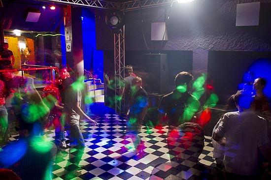 Pista do clube A Lôca, na região central, que recebe diversas festas de Carnaval no feriado