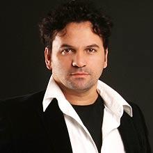 Fábio Silvestre (foto) diz que a versatilidade dos atores é uma das atrações da peça