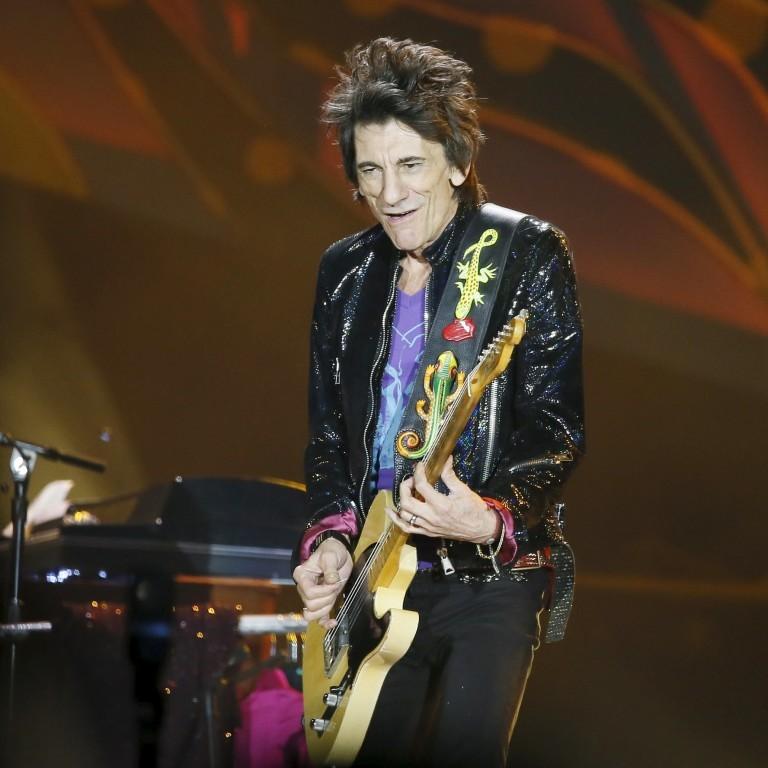 Grávida, mulher de Ronnie Wood não acompanha turnê dos Rolling Stones com medo do vírus da zika