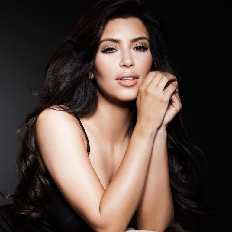 Kim Kardashianrelembra momento constrangedor no palco com Prince