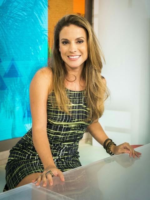 Maíra Charken, nova apresentadora do 'Vídeo Show' *** ****