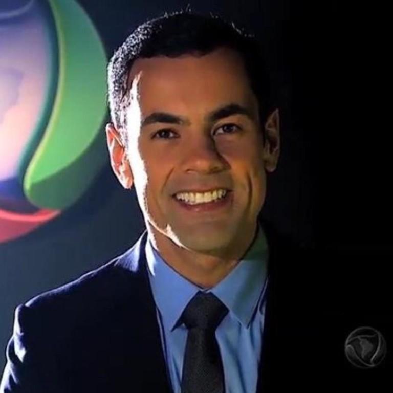 """Tino Junior será o substituto de César Filho no """"Hoje em Dia"""" durante o período de férias"""