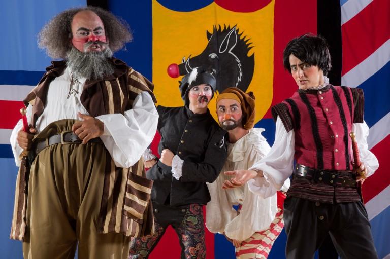 'Henrique 5º', de Shakespeare,é adaptado no palco para crianças