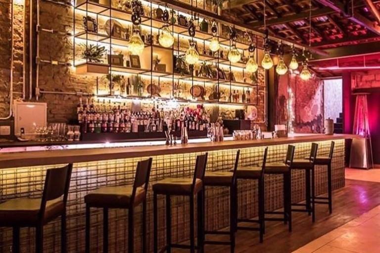 Elegant Ambiente Do Guilhotina Bar, Em Pinheiros ...