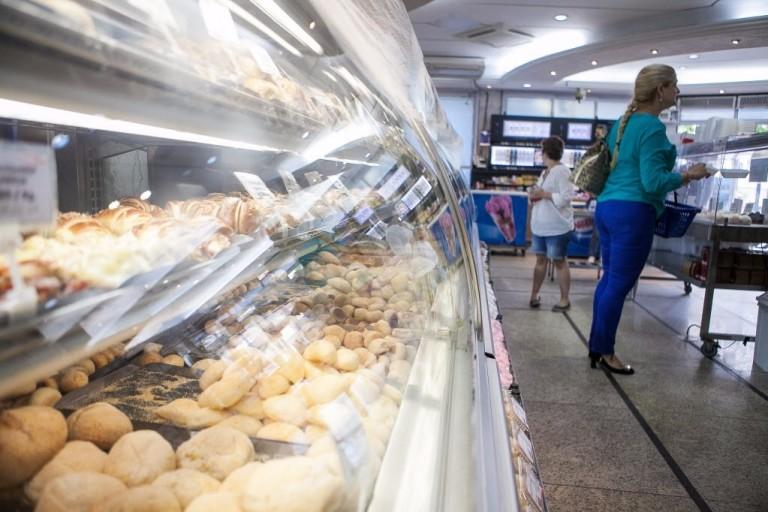 Ambiente da padaria Cepam, na zona leste da capital
