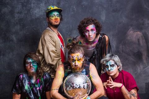 A banda Francisco, el Hombre se apresenta nesta semana *** ****