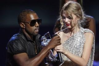 Kanye West não ficou muito feliz com a vitória de Taylor Swift