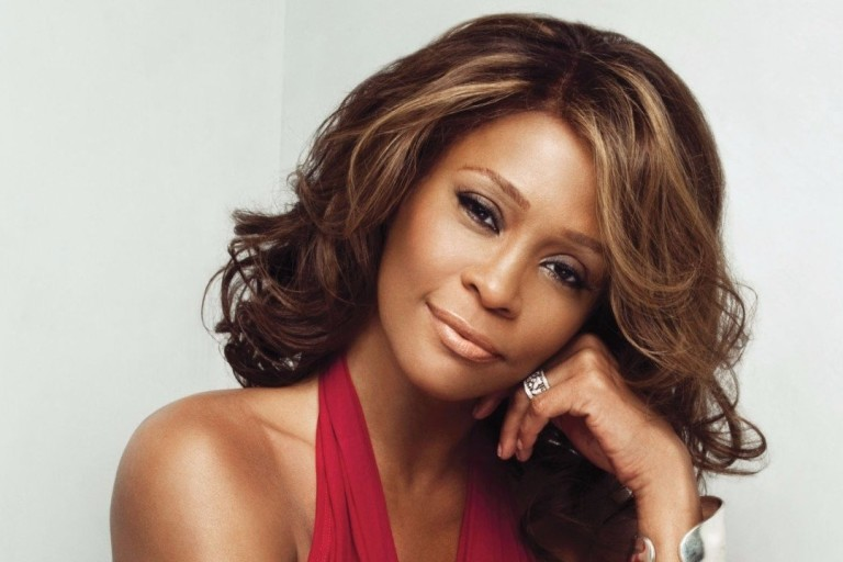A cantora Whitney Houston, morta em 2012