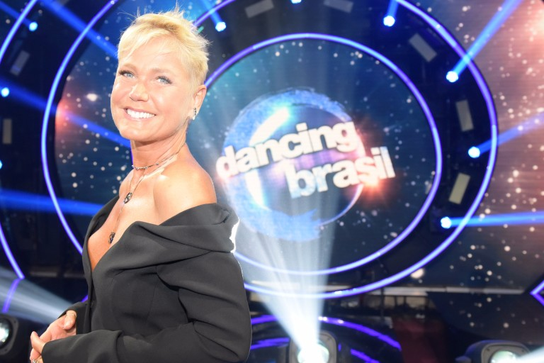 Xuxa apresenta o Dancing Brasil na Record