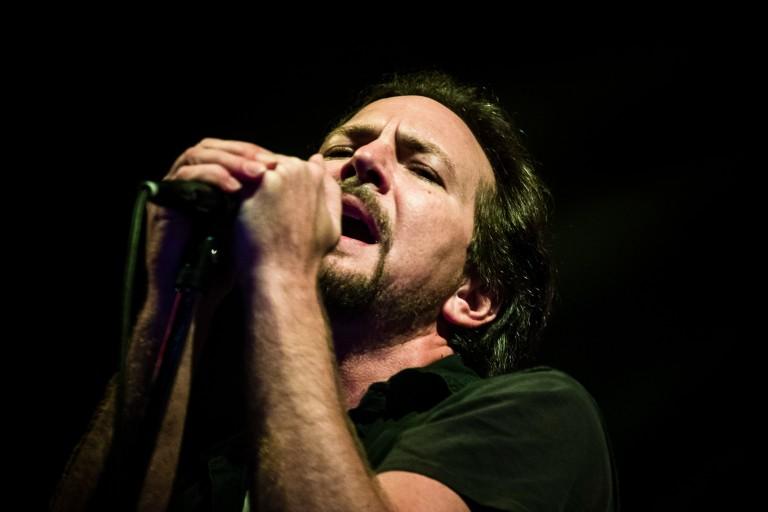 Eddie Vedder se apresenta com a banda Pearl Jam em São Paulo