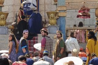 Hebreus são condenados às Fornalhas do Fogo Ardente na novela 'O Rico e Lázaro' (Record)