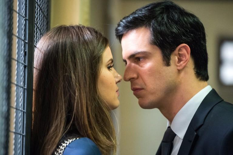 'Pega Pega': Eric conta para Luiza que investigará Maria Pia