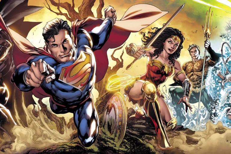 Quadrinista da DC Comics, Ivan Reis é tema de exposição no Memorial da América Latina