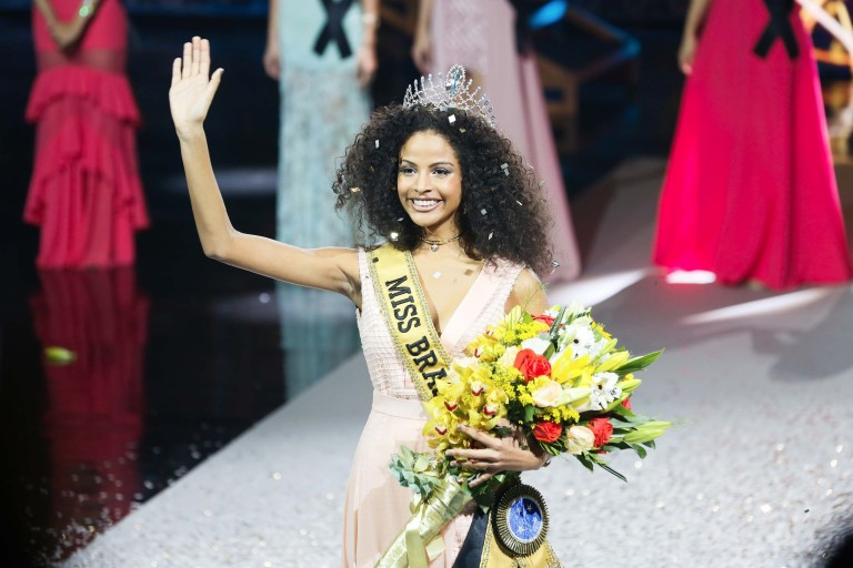 Candidata do Piauí vence Miss Brasil e se torna a terceira negra a obter título
