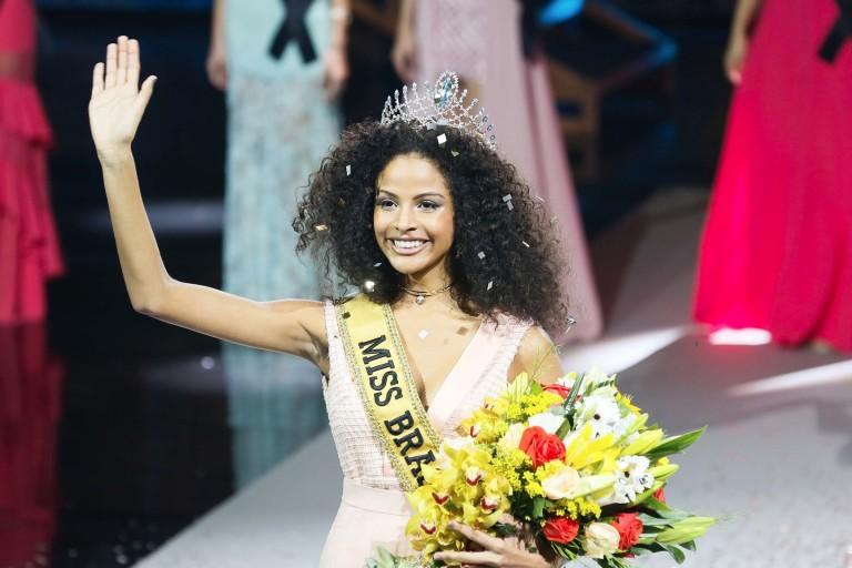 Recém-eleita, Miss Brasil 2017 sofre ataques racistas na web