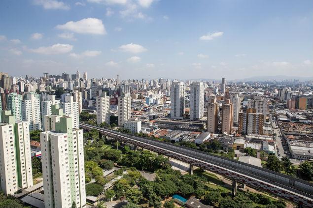 Vista do bairro do Brás a partir do empreendimento Portal Centro, da Even, na região paulistana com grande concentração de apartamentos novos à venda